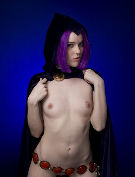 cosplay-deviants-naughty-witch-posing-nude