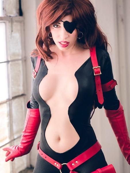 cosplay-deviants-vivca's-cool-war-lover-cosplay
